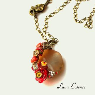 Luna Essence