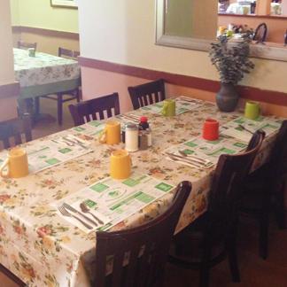 Nana Gail's Cafe