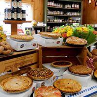 Black Horse Farms Athens NY Pie Table